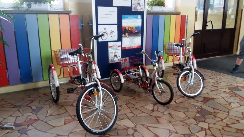 W Rzeszowie ruszyła bezpłatna wypożyczalnia rowerów trójkołowych