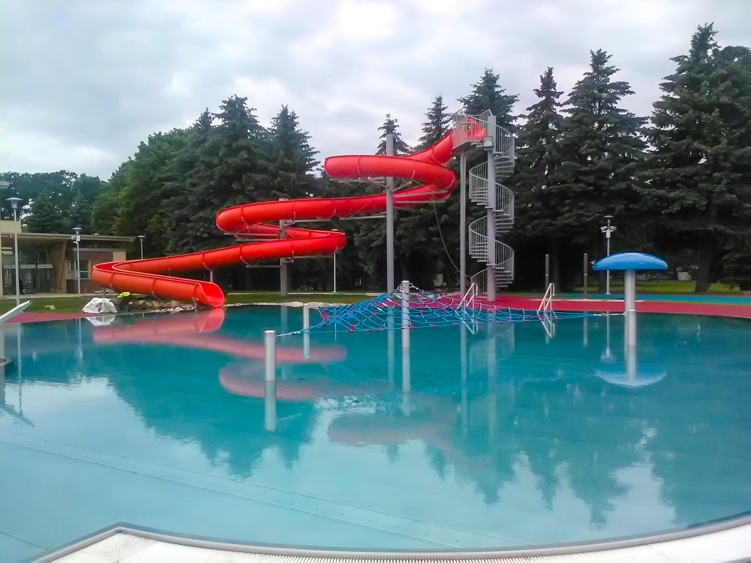W czwartek otwarcie basenów ROSiR? Cztery dni za darmo. Znamy wstępne ceny biletów