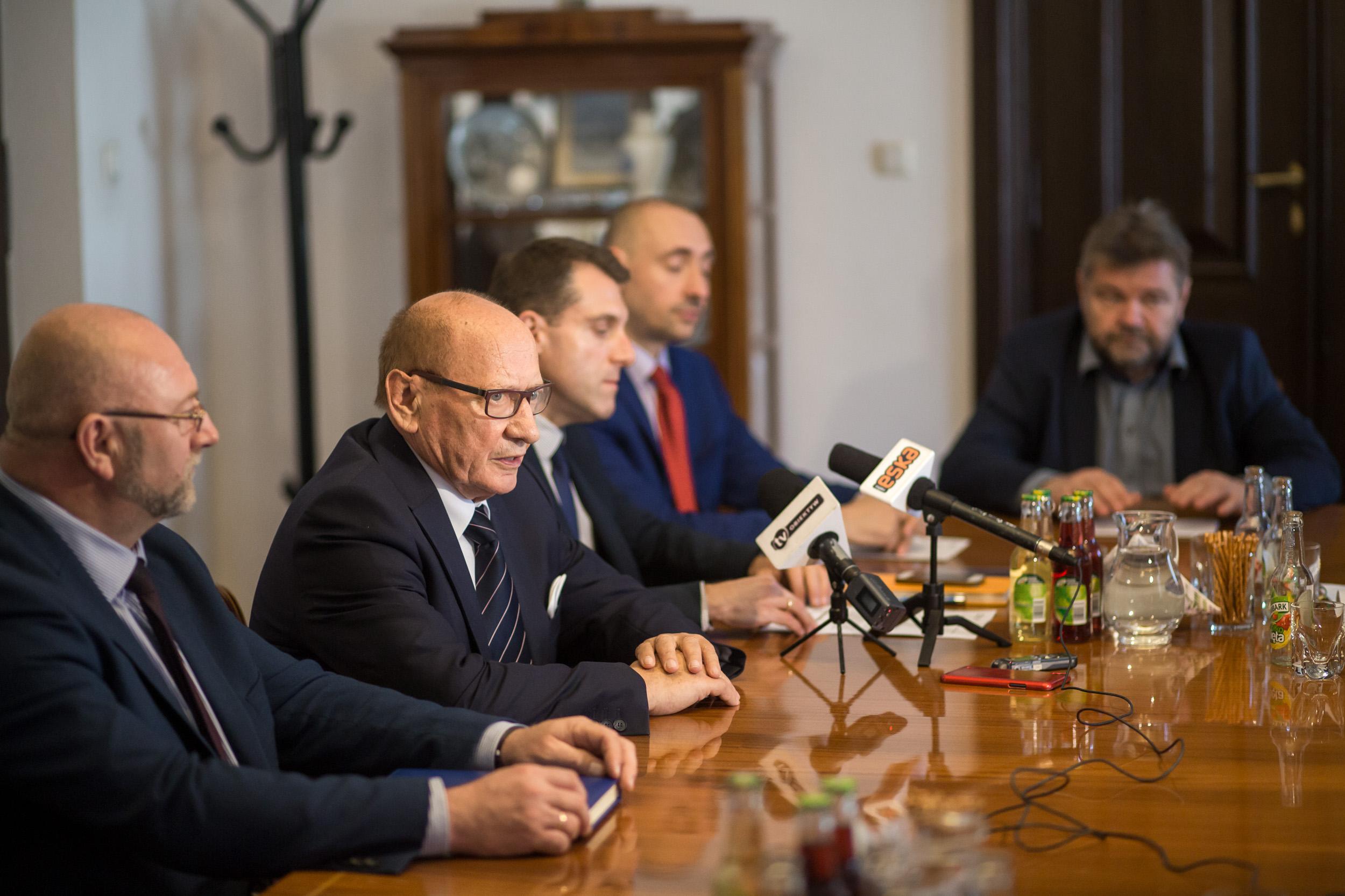 PGE Obrót odpowiada na list Tadeusza Ferenca ws. cen prądu: Stawki są dobre