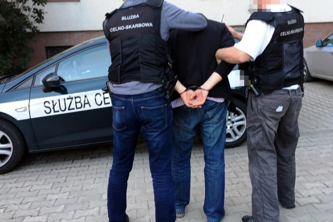 Wyłudzenia VAT. CBŚP i funkcjonariusze KAS rozbili grupę przestępczą [VIDEO]