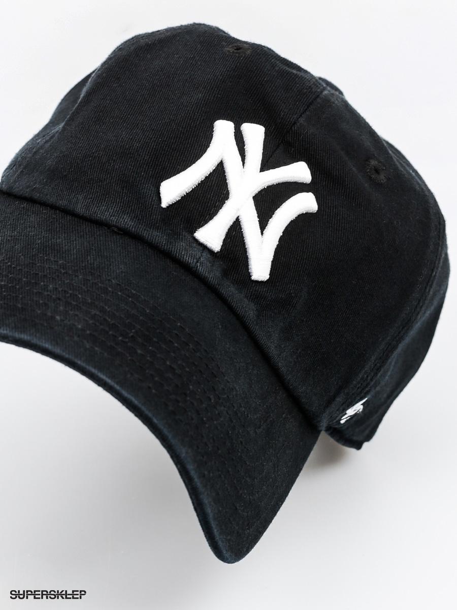 Sprawdź, jak dobrać czapkę do kształtu swojej twarzy!