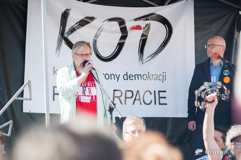 Fot. Namysław Tomaka / Rzeszów News. Na zdjęciu Jakub Karyś (po lewej stronie)