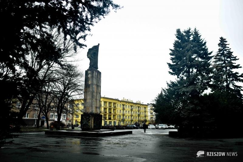 Fot. Ewa Szyfner / Rzeszów News. Na zdjęciu Pomnik Wdzięczności Armii Radzieckiej